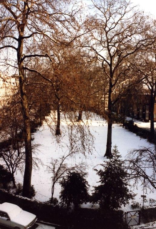Hyde-Park-Square01